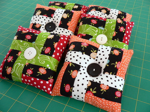 Swap Pincushions | by Deb@asimplelifequilts