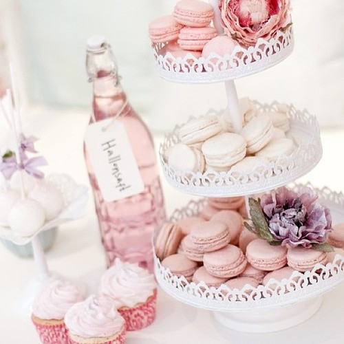 yummi yummi wedding weddings weddingcake macaron cu flickr. Black Bedroom Furniture Sets. Home Design Ideas