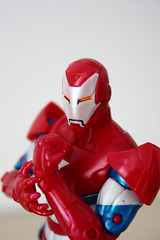 [Marvel Legends] Iron Monger Series: Iron Patriot