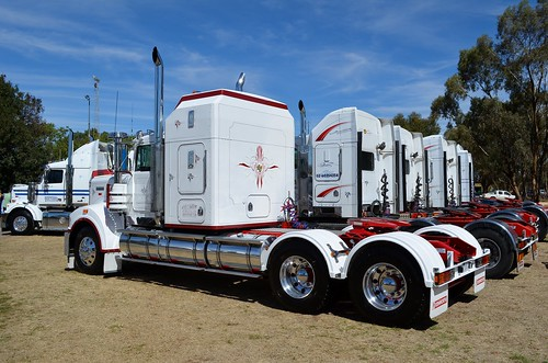Oakland Truck Show 2013 | by quarterdeck888