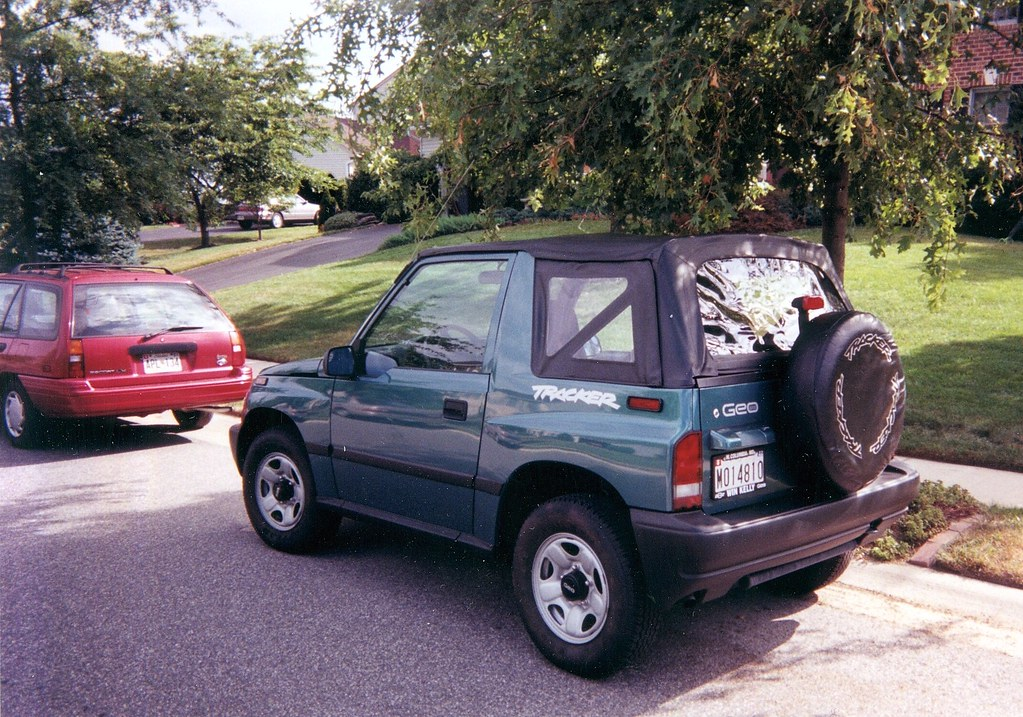Cars I Have Owned 1997 Geo Tracker 4x4 Pictured In 1997