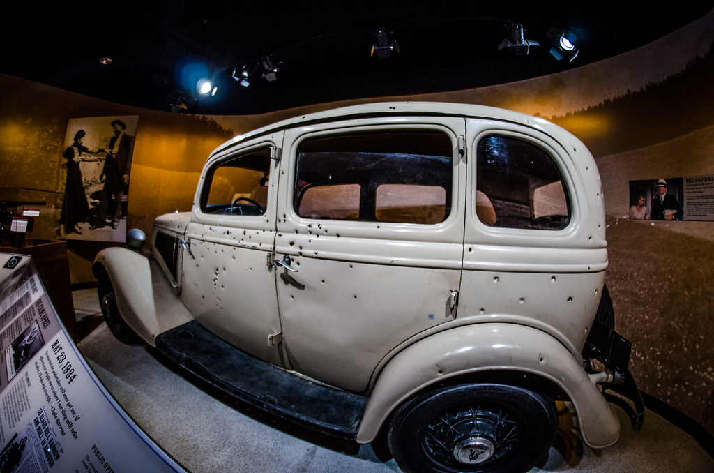 """Bonnie And Clyde Pics >> Bonnie & Clyde car 