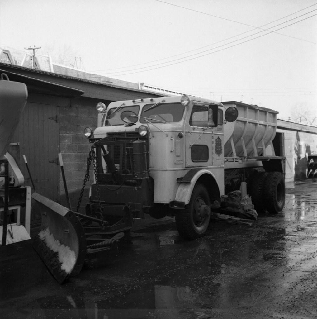 Camion saleuse sicard avec chasse neige 20 novembre 1969 for Photos de photos