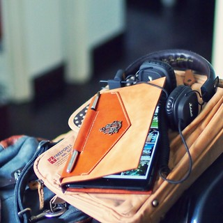 Softener applied to iPad mini case, easier to unfold. Enjoying flipboarding n music today. | by Patrick Ng