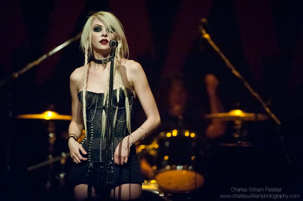 Taylor Momsen (2011 02 27 @Latulipe, Montréal) 21-51pm a | Flickr
