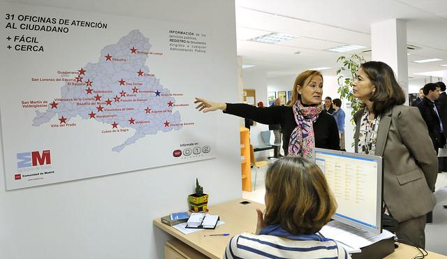 La oficina de atenci n al ciudadano de alcal de henares for Oficina registro comunidad de madrid