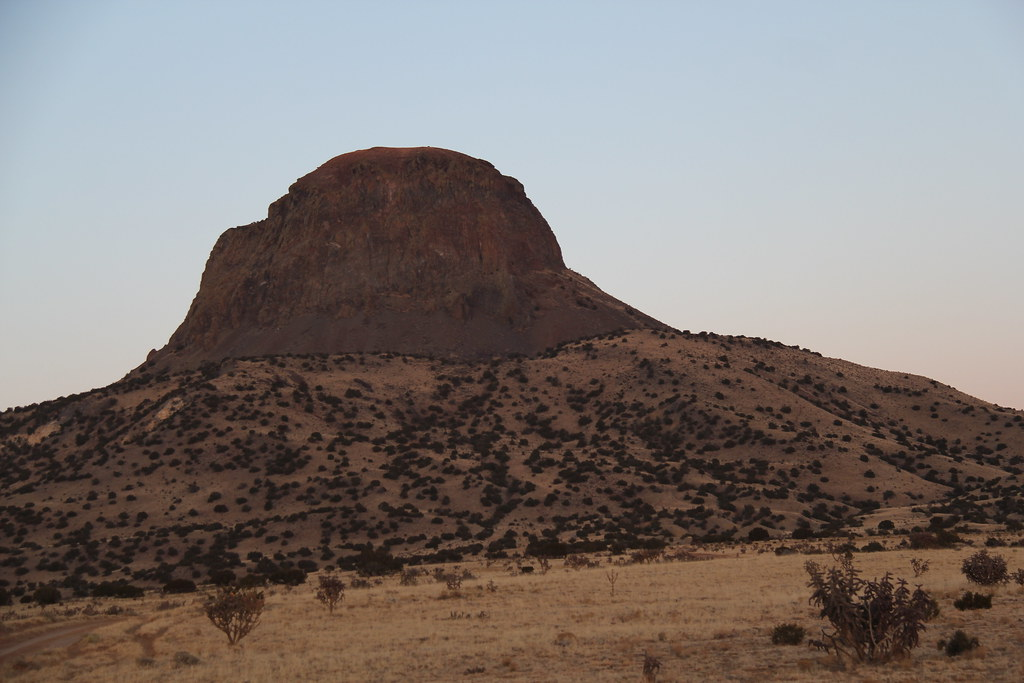 Cabezon Peak   Cabezon Peak is a large volcanic plug that ...