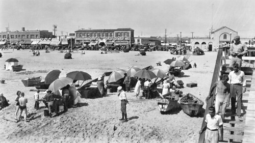 Newport pier and fish market newport beach 1930 there for Fishing in orange county