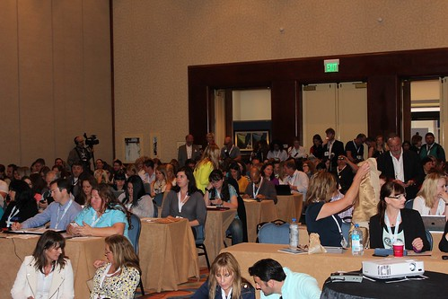 Packed session for Facebook Marketing! | by Mari Smith