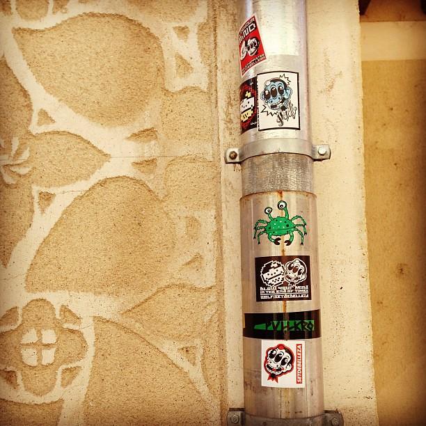 Pipe tube reus the painter wolf street artist setdebelleza by setdebelleza