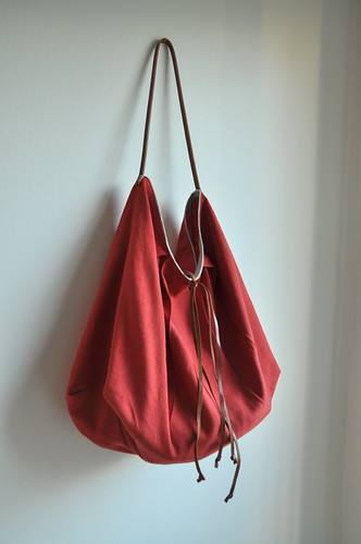 Color me red - Large tote | by // Between the Lines //