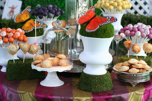 Hand Pies, Pie Pops, and Cake Pops on our Display | by Sweet Lauren Cakes