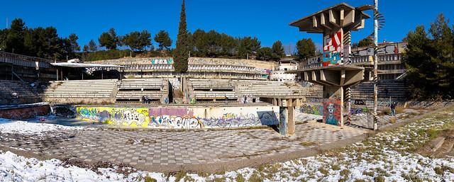 Piscina de invierno flickr photo sharing for Piscinas de invierno