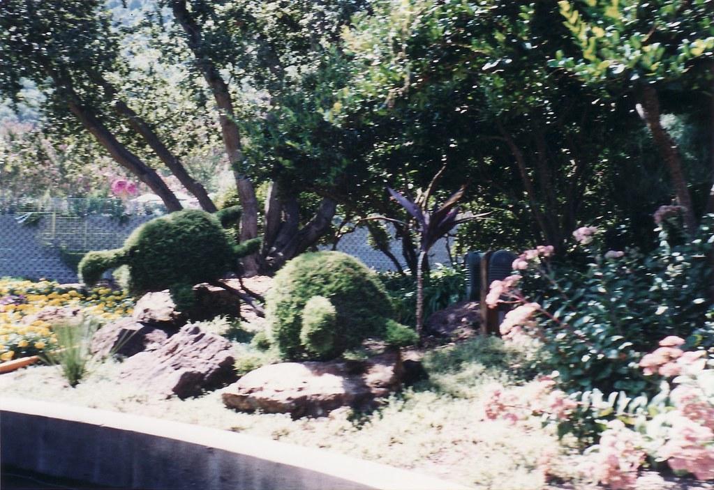 A2002 20 16 9 2 2002 Bonfante Gardens Near Gilroy Ca