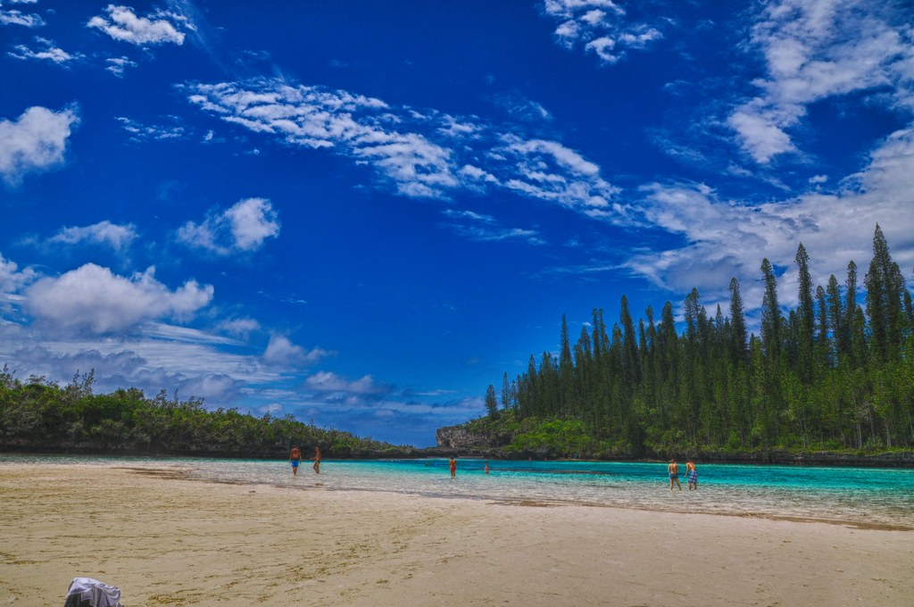 Piscine naturelle hdr ile des pins new caledonia view for Piscine naturelle ile des pins