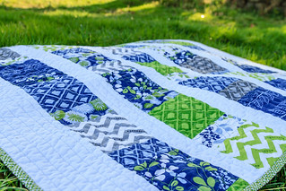 Simply Color baby quilt | by makinglifeprettier