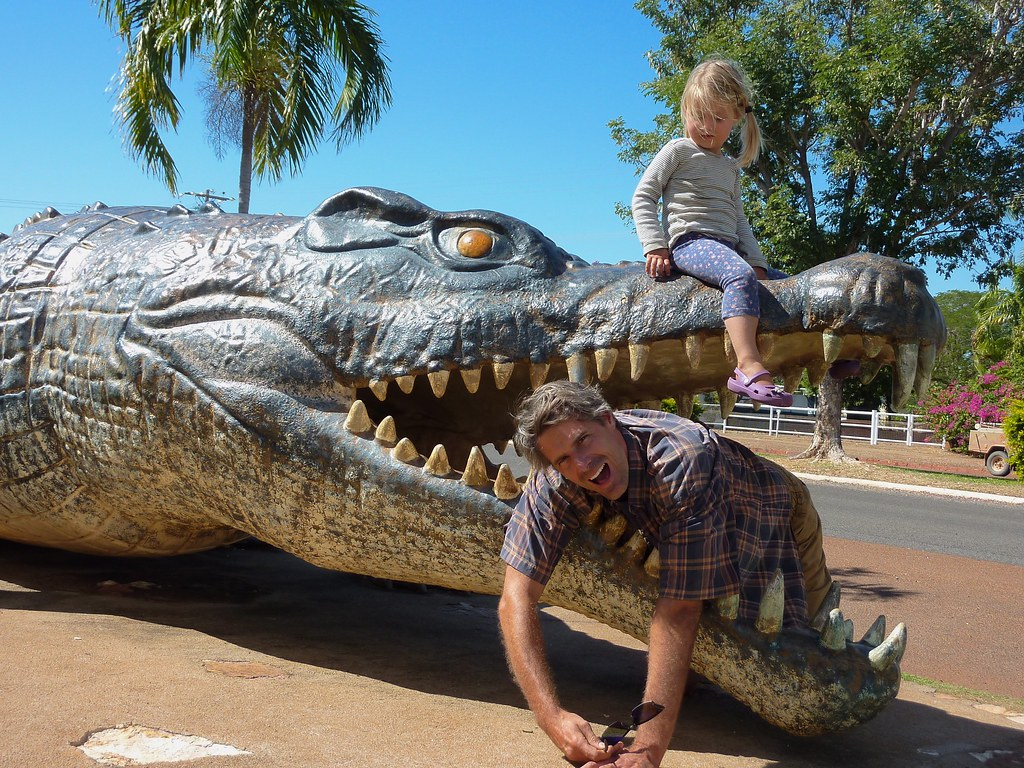 life size crocodile statue in normanton this crocodile sta flickr. Black Bedroom Furniture Sets. Home Design Ideas