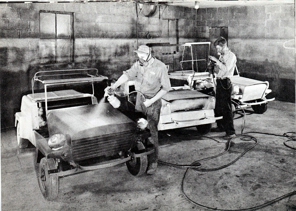 King Of Cars >> King Midget Factory Paint Booth | King Midget cars were prod… | Flickr