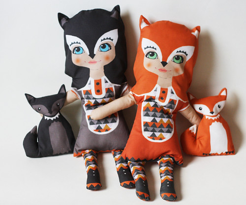 Fox pillow, foxes, dolls and wolfs - cut and sew pattern | by Katarina Roccella