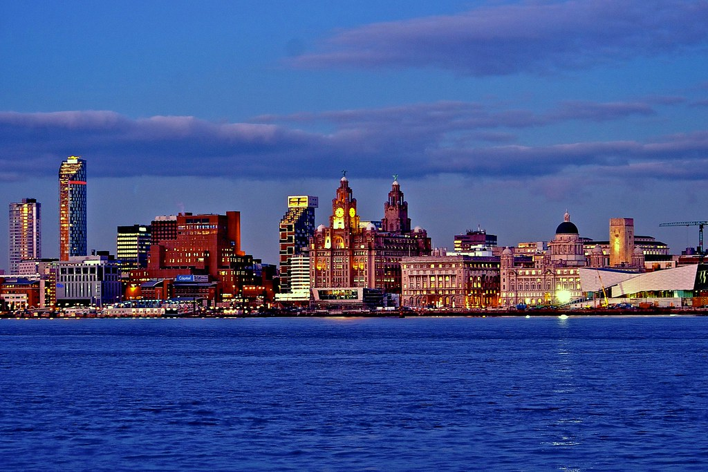 CITY SKYLINE AT NIGHT | Liverpool is a city and metropolitan… | Flickr