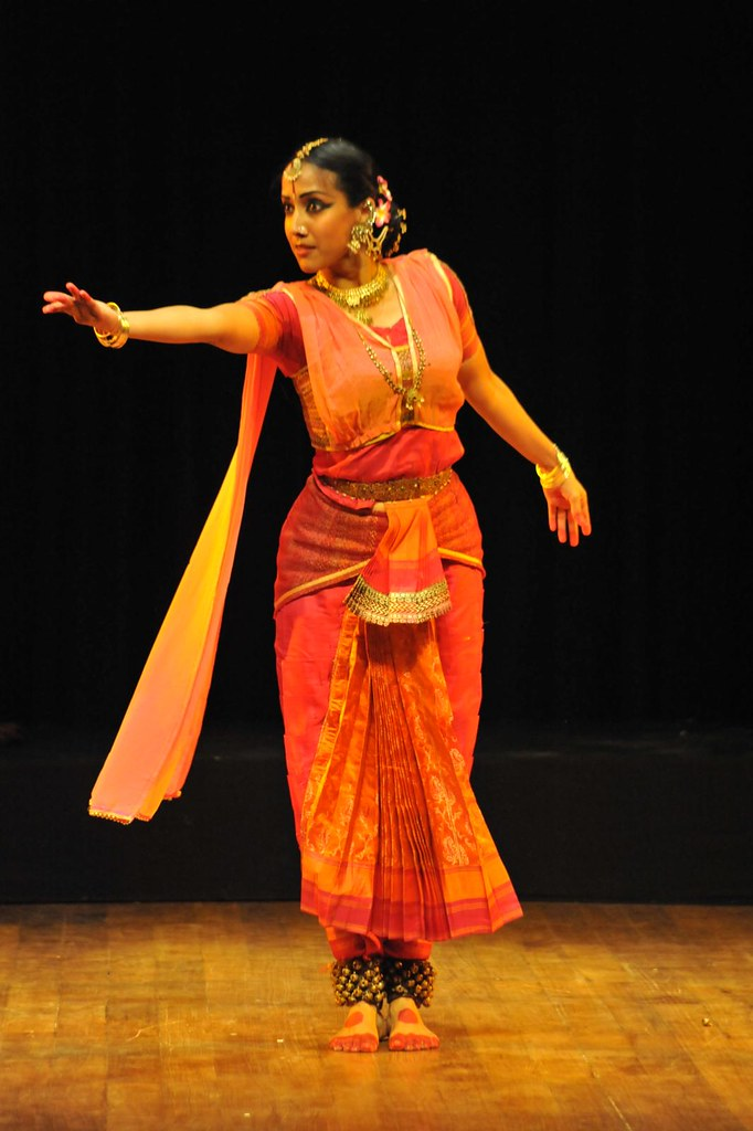 mythili prakash as yashodhara dance theatre performance