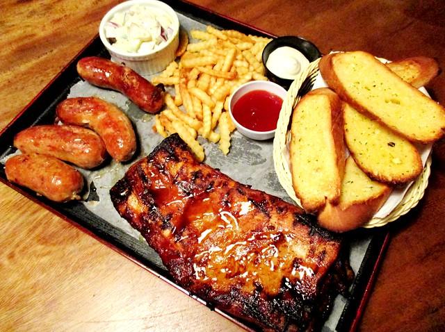 La Vino pork platter
