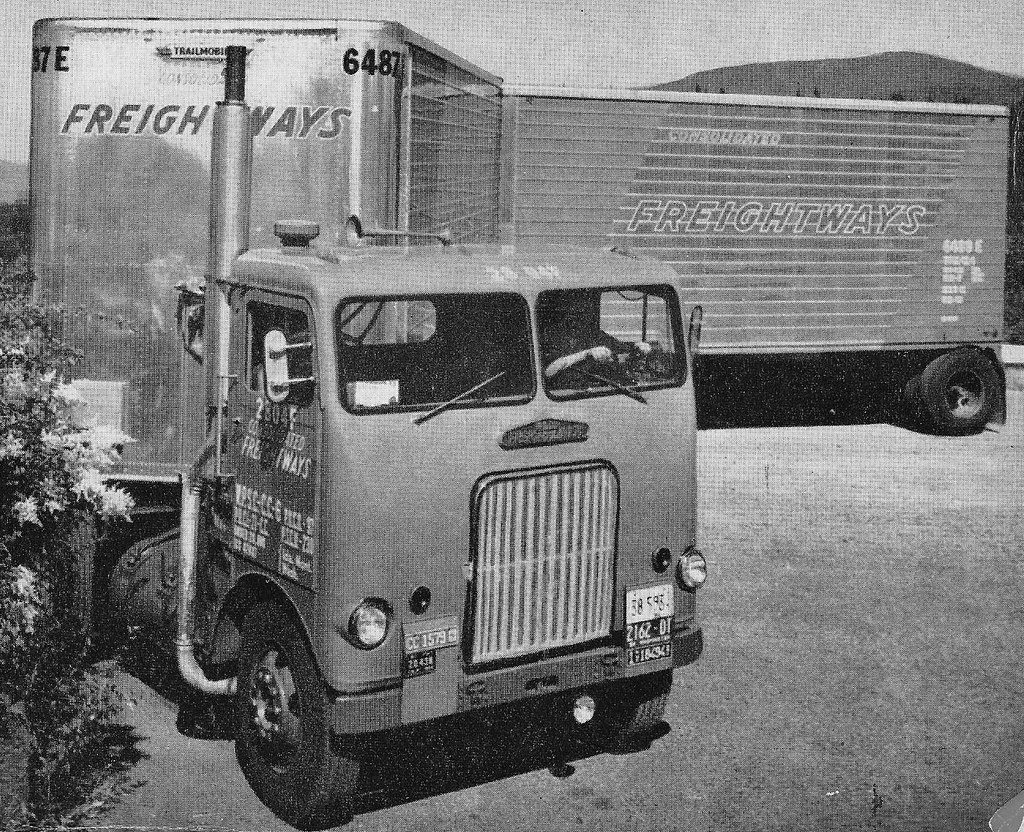 1954 Freightliner Wft 5842 58 Inch Spacemaker Day Cab