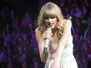 Taylor Swift RED tour 2013 | by janabeamerpr