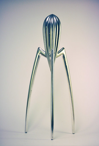 juicy salif juicer by philippe starck for alessi jonas forth flickr. Black Bedroom Furniture Sets. Home Design Ideas
