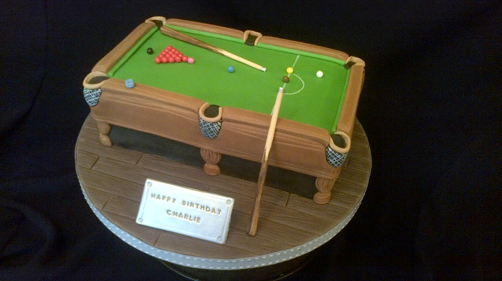 SNOOKER TABLE CAKE : Surprisingly difficult - took the wholeu2026 : Flickr