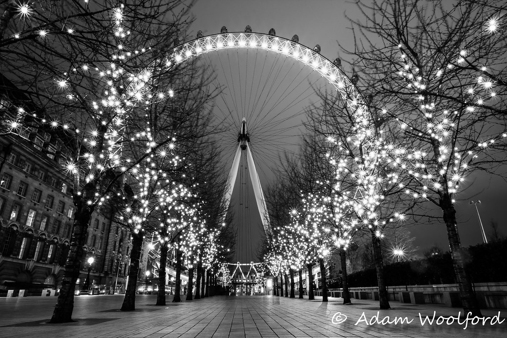 london eye black and - photo #22