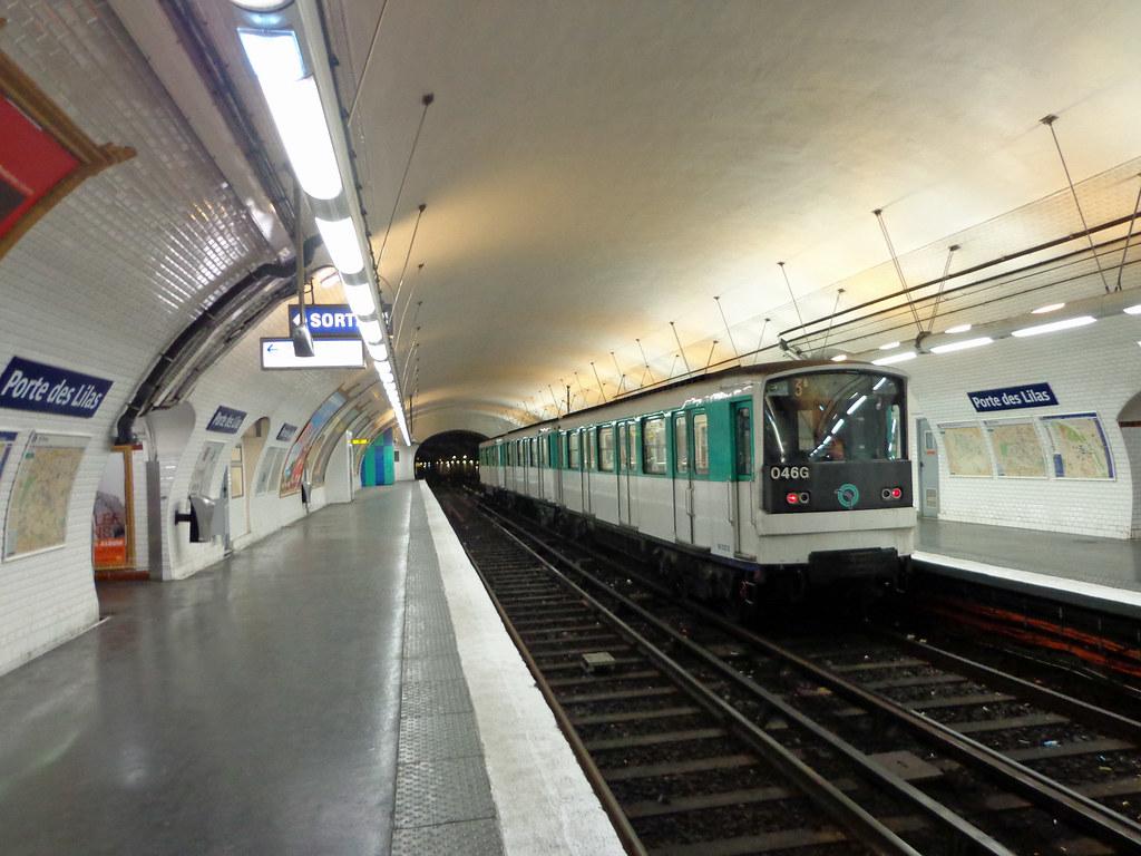 Porte de lilas this end of metro line 3bis is less than - Piscine des tourelles porte des lilas ...