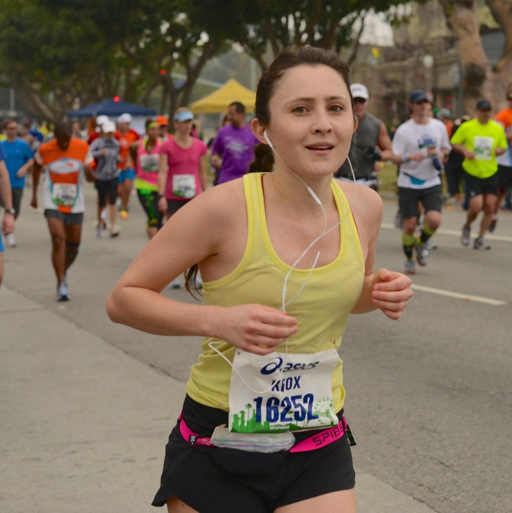 Los Angeles Marathon 2013 Brentwood KFOX 18252