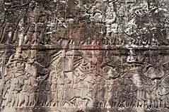 Angkor (Camboya). Templo Bayon. Relieves de la galería exterior. Marcha del ejército Kmer