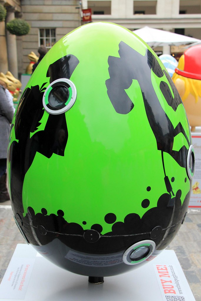 The Big Egg Hunt 2013 - Covent Garden, London | 96. Ben 10 ...