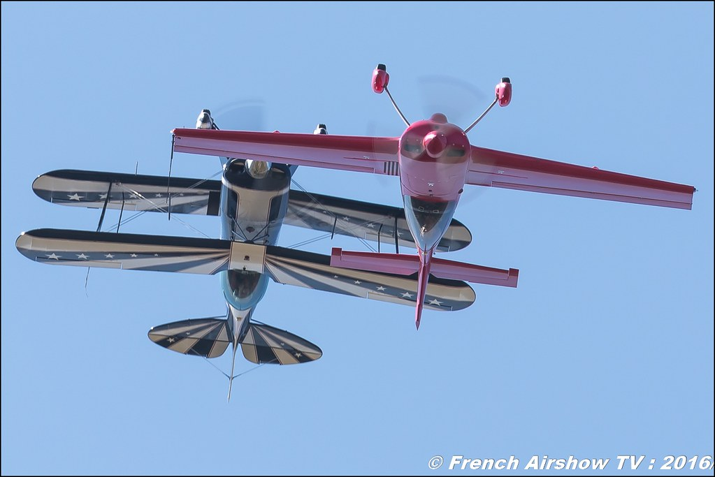 SKYLOOP PITTS & CAP 232 , Eric Vazeille , Bertrand Boillot , Cap 232 et PITTS S2B , Meeting Aerien Roanne 2016 , Canon Reflex , EOS System