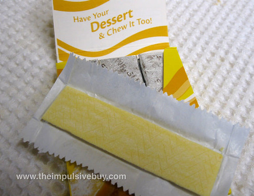 Extra Dessert Delights Lemon Square Gum Closeup,jpg | by theimpulsivebuy