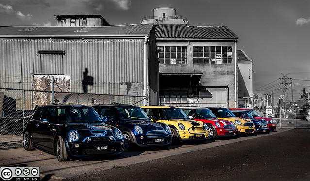 7 MINIs and a shed (web large)