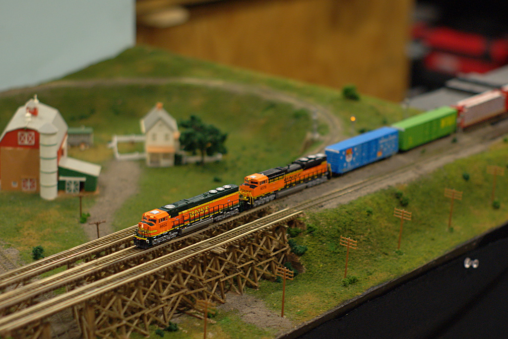 Bnsf in n scale another photo of the modular n scale for N scale bedroom layout