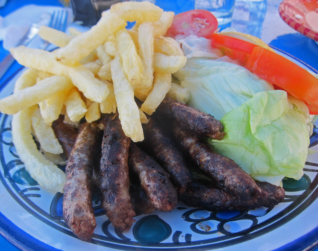 Merguez grille restaurant chargui sidi bou said tunisi for Sidi bou said restaurant