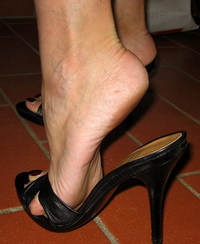 Black Stockings With Open Toed Shoes Footjob