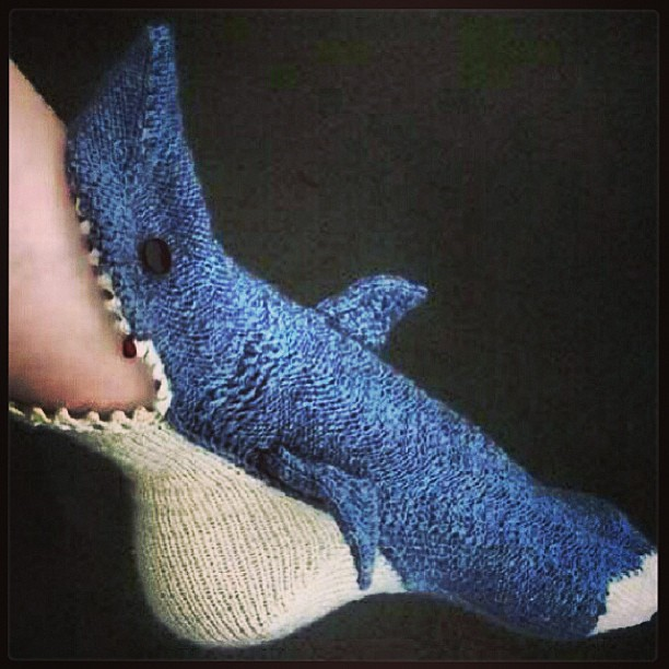 Free Knitting Pattern For Shark Socks : I NEED these #socks ! #shark #awesome #knit #jaws #brillia? Flickr