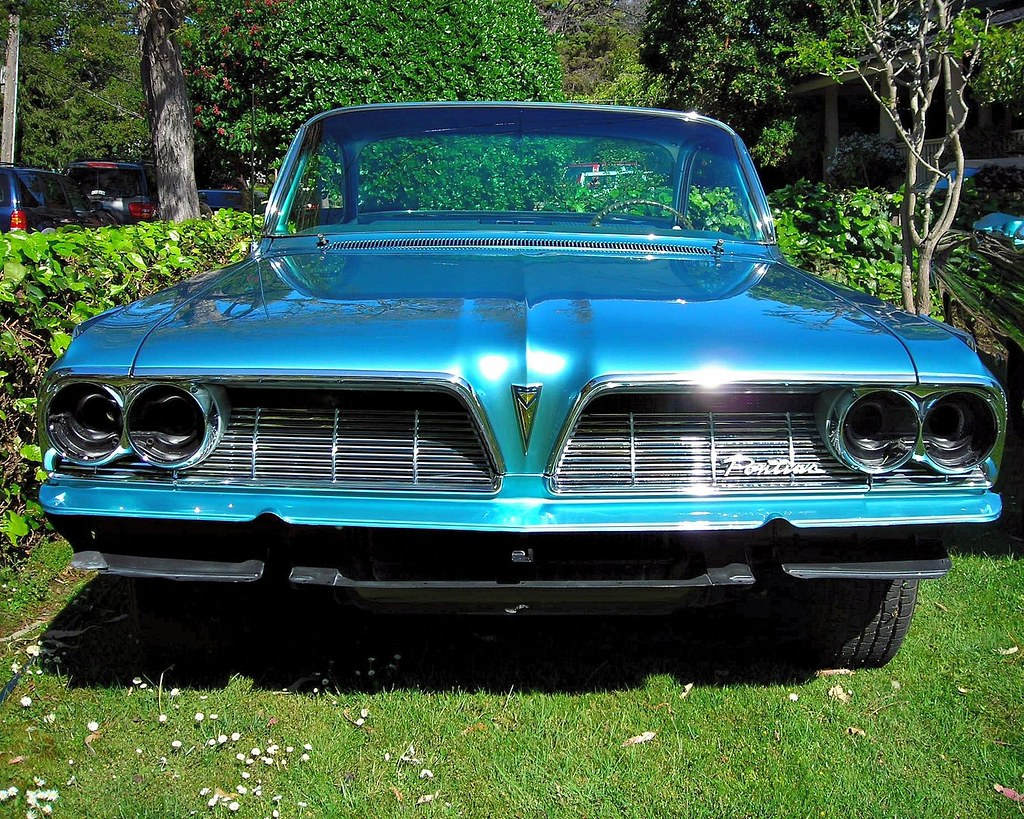 1961 Pontiac Ventura Bubbletop 421 Super Duty And Four Flickr Speed By