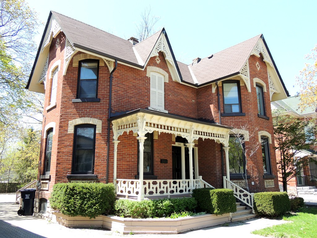 Victorian style house brampton ontario built circa for New victorian style homes