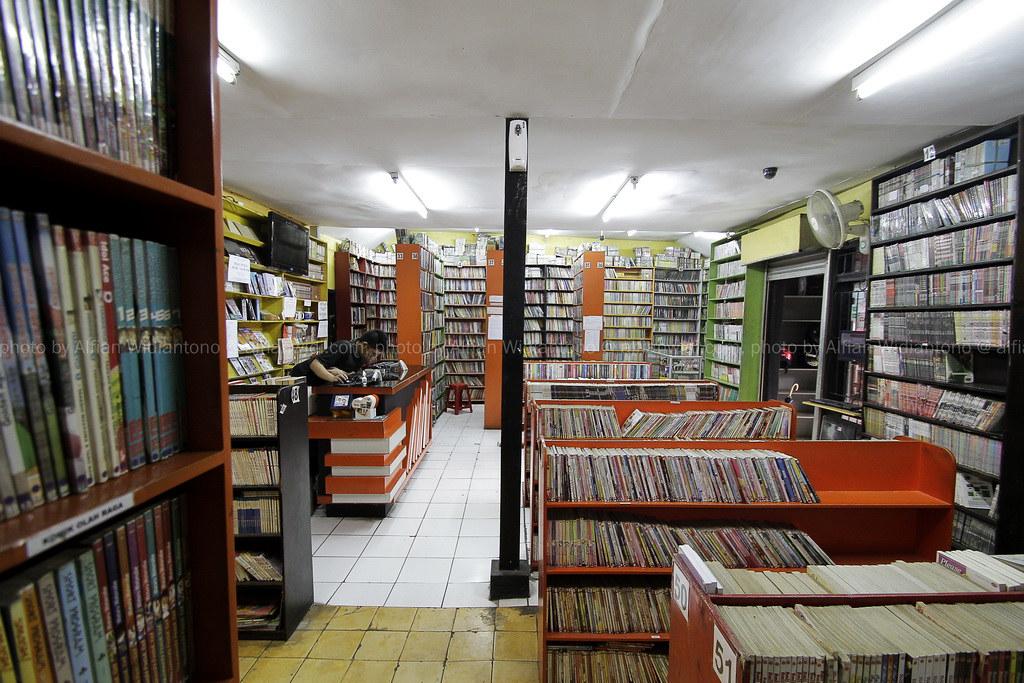 Membaca (di) Bandung