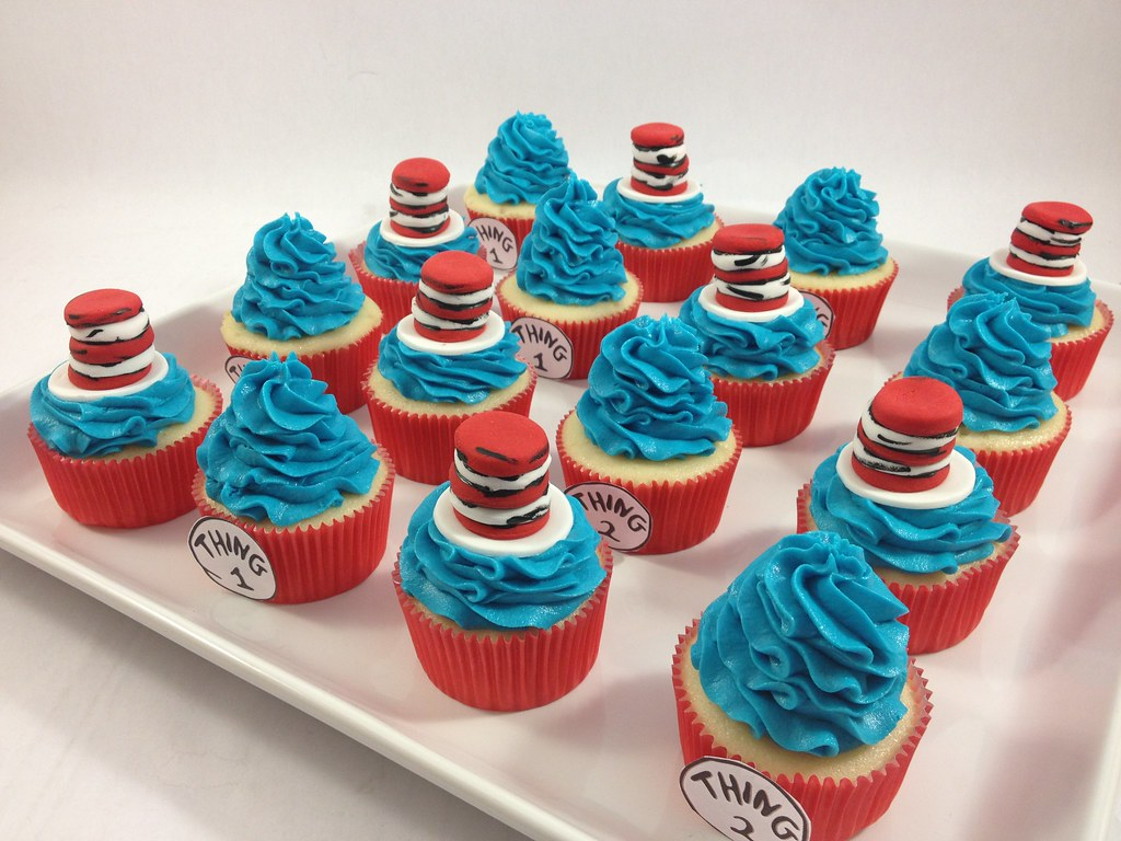 Cat And Hat Cupcakes
