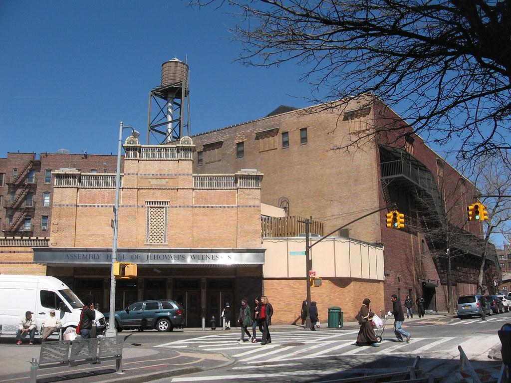 Greenpoint Ave Long Island City