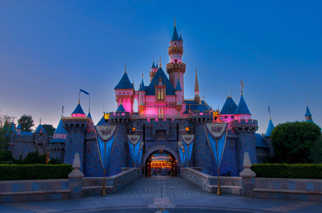 Sleeping Beauty Castle Twilight Every night as the sun goe… Flickr