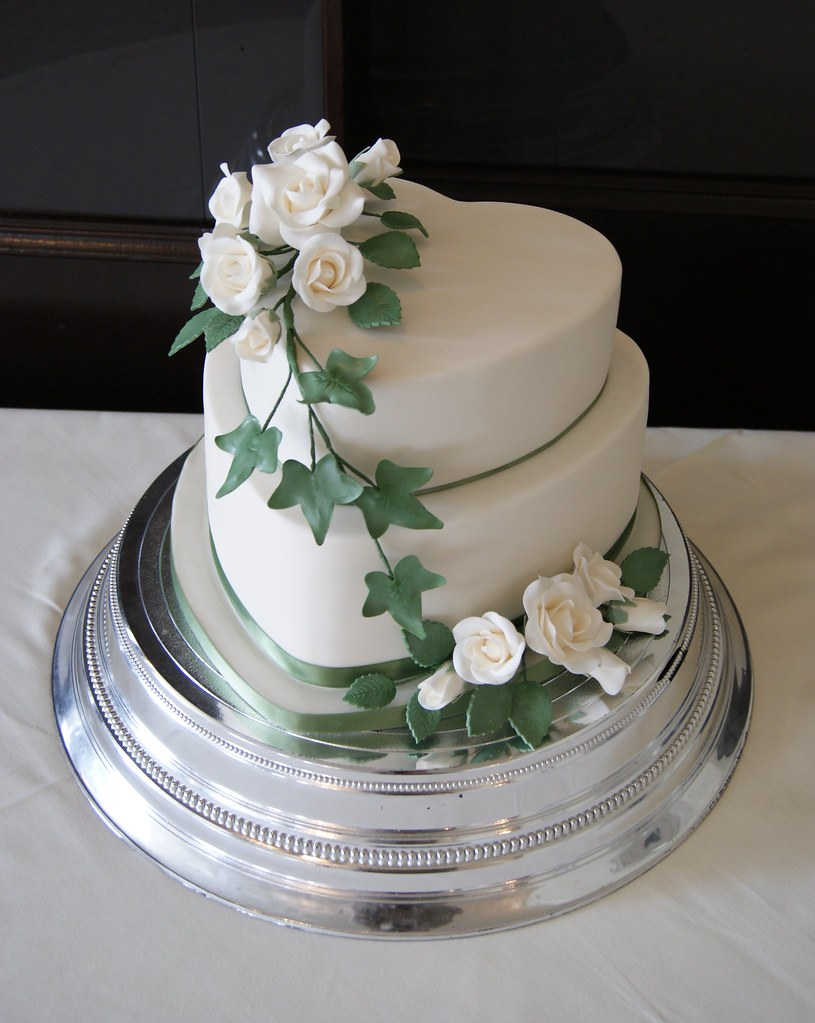 Wedding Cakes  Tier Heart