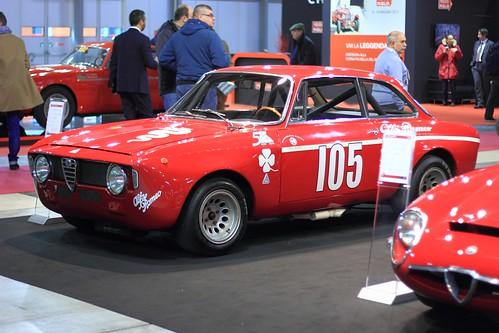 Alfa Romeo Giulia Sprint GTA Junior sur rotissoire 8654478317_efb6abc455